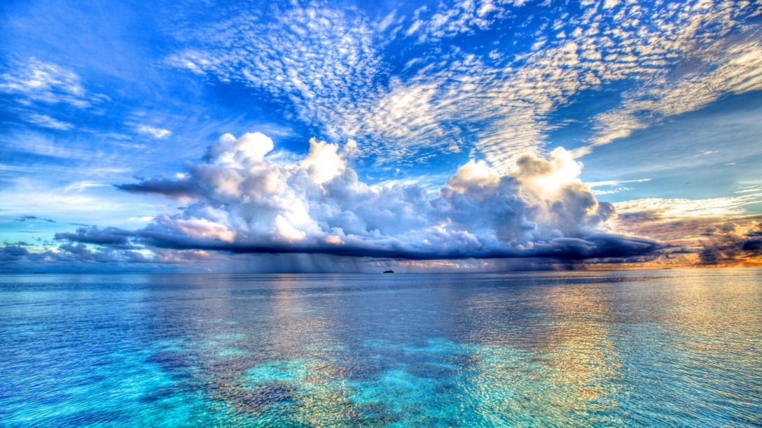 Beautiful-Ocean-and-Clouds.jpg